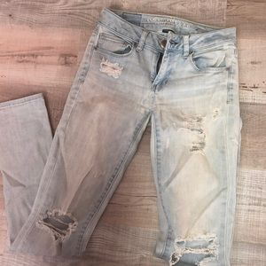 Ae jeans size 0 regular barely worn!